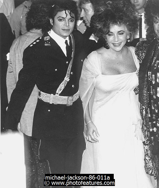 1986 American Music Awards photos Michael-jackson-86-011a